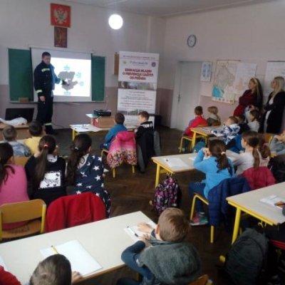 """Učenicima OŠ """"Boško Buha"""" i OŠ """"Jakub Kubur"""" održana predavanja kroz projekat """"Edukacija mladih o prevenciji i zaštiti od požara"""""""