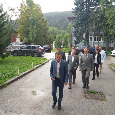 Ministri zdravlja i unutrašnjih poslova sa predsjednikom opštine Pljevlja posjetili povrijeđene u pljevaljskoj bolnici