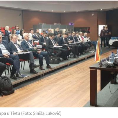 ŠEF DELEGACIJE EU UPOZRAVA DA JE PRAVOSUĐE U FOKUSU PAŽNJE BRISELA – Orav: Bez presuda za korupciju nema napretka ka EU