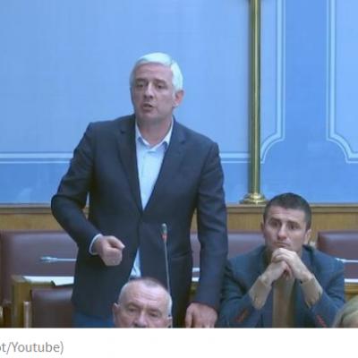 PREKINUTA SJEDNICA PARLAMENTA Vučurović nazvao Nimanbegua slugom Milivoja Katnića