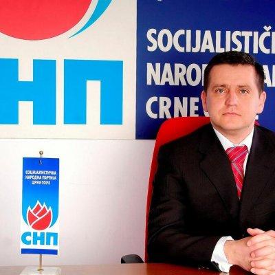 Vojinović: Nastavak uhljebljavanja partijskih kadrova pokušaj DPS-a i SD-a da zaustave politički krah