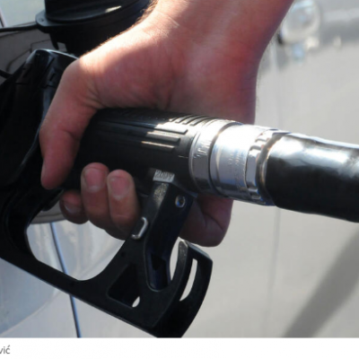 ZVANIČNE CIJENE DANAS ĆE SAOPŠTITI MINISTARSTVO EKONOMIJE- Dizel gorivo i lož ulje jeftiniji oko tri centa