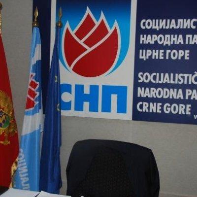 SNP pita Hrapovića i Markovića zašto donose odluke čiji je jedini efekat besomoučno trošenje ojađenog budžeta