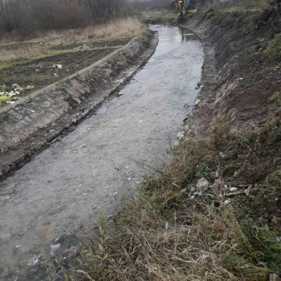 Počeli radovi na čišćenju korita rijeke Breznice