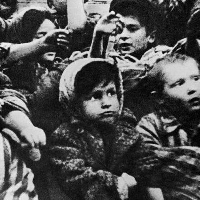 SVETICA IZ AUŠVICA: Prkoseći Mengeleu i Nacistima, u PAKLU LOGORA, ova žena je RIZIKOVALA SVE da POBJEDI ŽIVOT!
