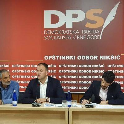 DPS Nikšić: Umjesto da rješava zdravstvenu krizu, premijer učestvuje u izbornoj kampanji u Nikšiću