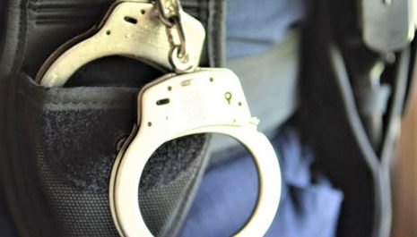 Jedna osoba uhapšena zbog pokušaja ubistva, za drugom se traga: Svađa, ranjavanje nožem, gaženje kolima, bježanje…