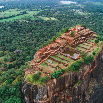 Raskošni vrtovi, bazeni, fontane i 500 konkubina: Drevni grad na vrhu stene – Sigirija