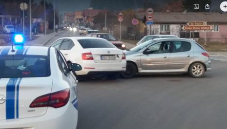 Saobraćajni udes  na raskrsnici ulica kod donjeg mosta na Ćehotini
