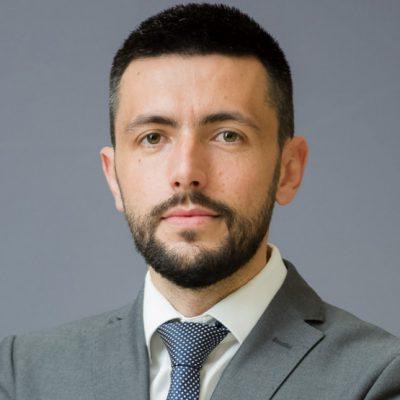 Živković: Abazovićeva opsesija vlašću nezabilježena u savremenoj politici