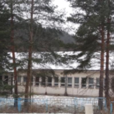 Sanduk sa preminulim pacijentom neprofesionalno iznešen iz Kovid bolnice u Pljevljima