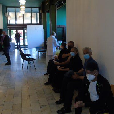 Za dva dana u Pljevljima vakcinisano preko 1000 građana -Interesovanje za vakcinaciju veliko