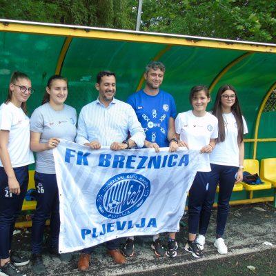 """JUAN SANTANDER, predsjednik UNICEF-a za Crnu Goru, posjetio FK """"BREZNICA"""""""