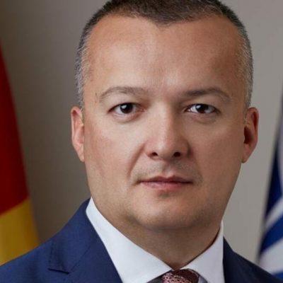 Filipović: Mandićevom sluganstvu se zaštita interesa Crne Gore ukazuje kao antisrpstvo