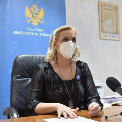 Borovinić Bojović: Roditelji, vakcinišite se i zaštitite svoju djecu, ne opterećujte ih odgovornošću za koju nijesu spremni