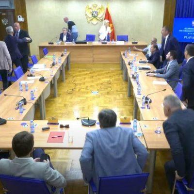 VIDEO: Incident: Katnić i Milačić se umalo fizički obračunali na sjednici Odbora za bezbjednost