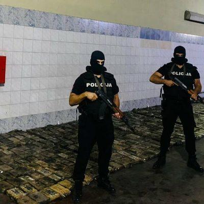 Tona kokaina u pošiljci banana, uhapšeno dvoje