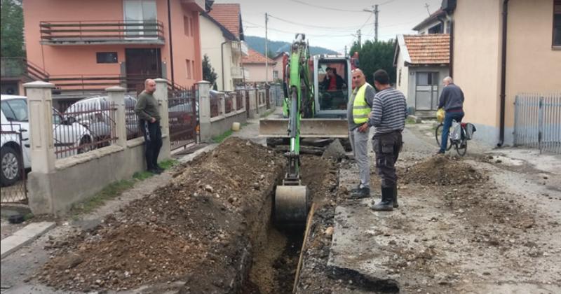 Počela rekonstrukcija kompletne vodovodne mreže u ulici Oslobođenja