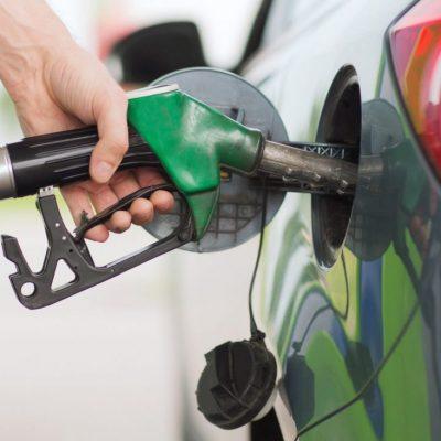 Slovenija zabranila točenje goriva vozačima koji nemaju kovid potvrdu