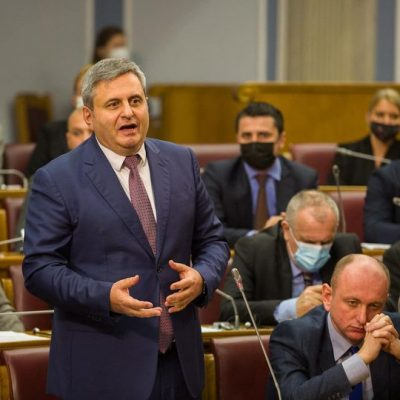 Radunović: Veliki korak DF-a i Demokrata ka izlasku iz krize očigledno je mnogima zasmetao