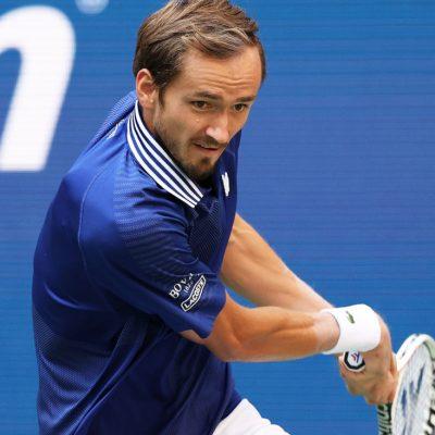 Dimitrov iznenadio Medvedeva, Đoković sačuvao prvo mjesto