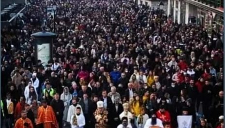 Hiljade ljudi u Petkovdanskoj litiji!