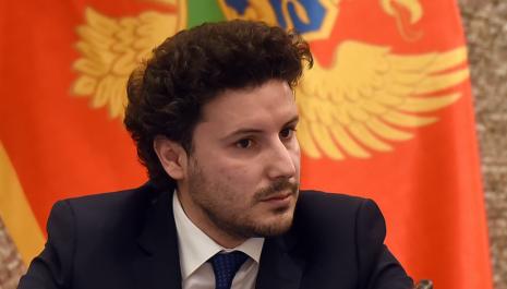 Brisel kritikovao Abazovića zbog napada na medije: Vlasti da promovišu slobodu medija, uzdržati se od političkog pritiska na novinare