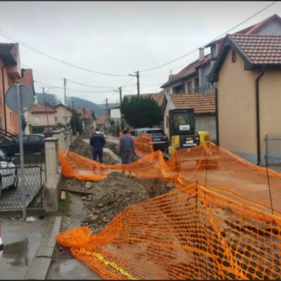 Radovi u ulici Oslobođenja na rekonstrukciji vodovodne mreže teku predviđenom dinamikom
