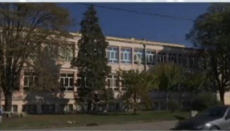 Šesnaestogodišnji dječak zaražen koronavirusom preminuo u Kruševcu